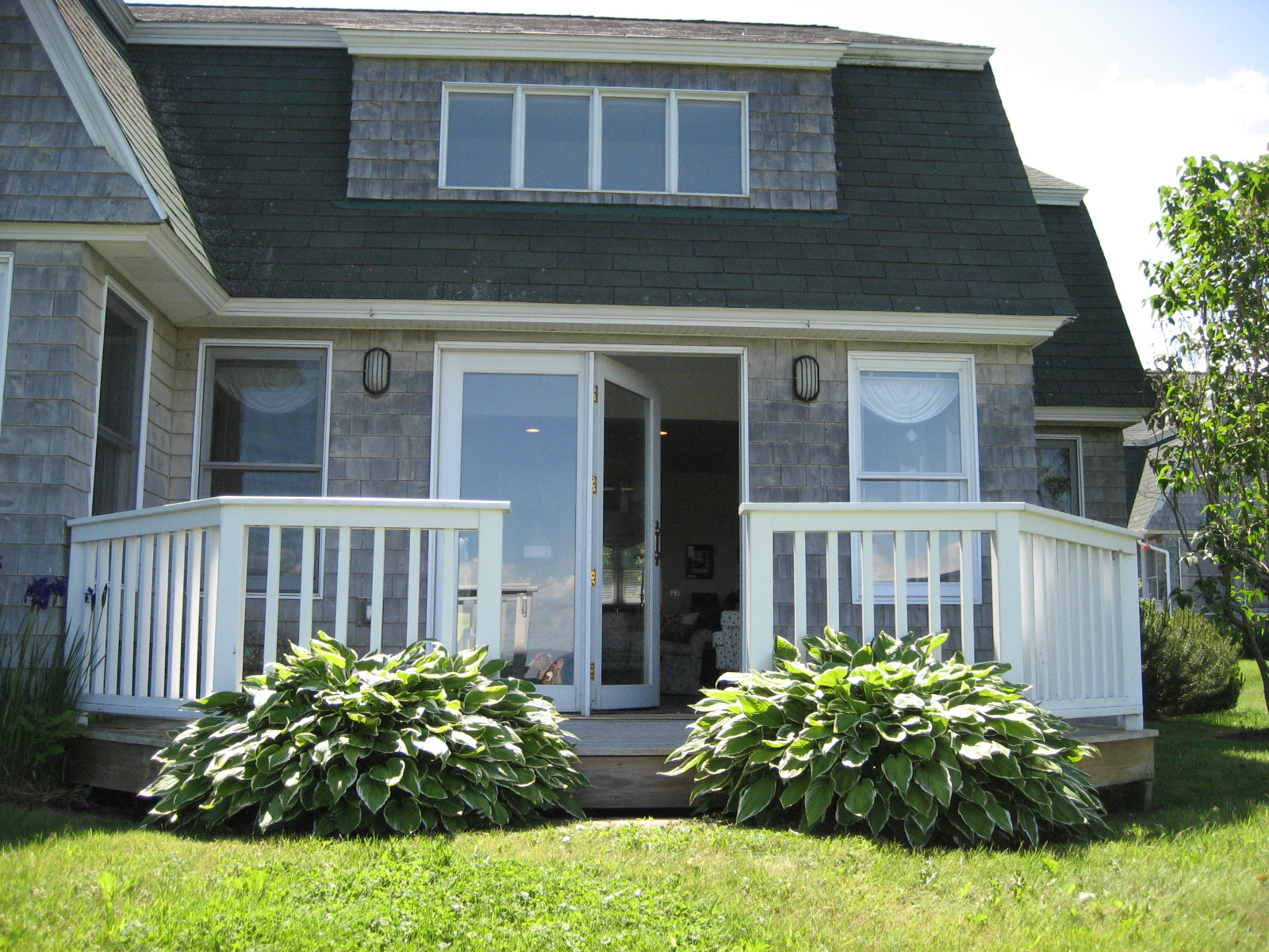 Cottage Plans White Fence Black Roof Glass Door Grey Wall