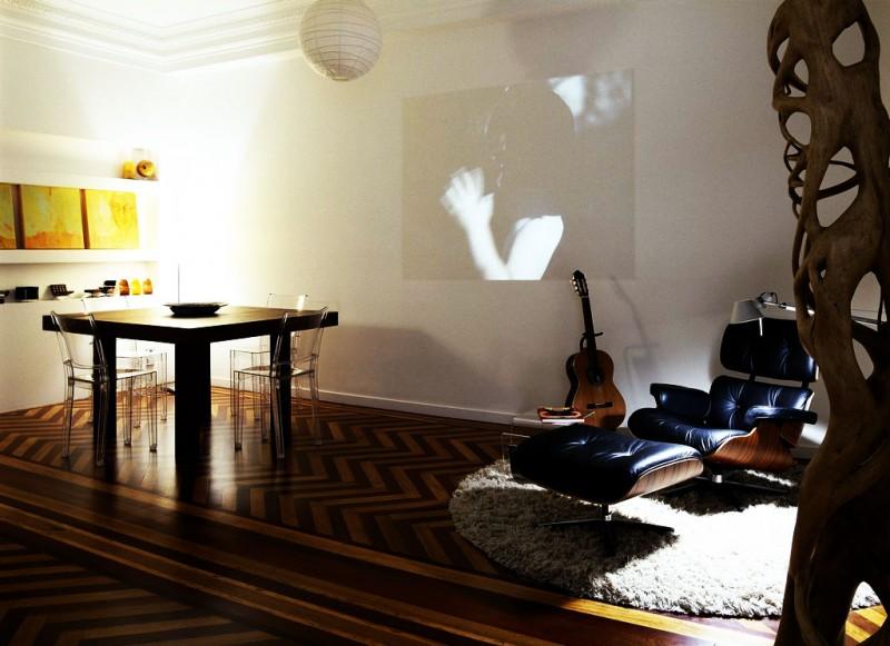 Acrylic chair La coruna apartment  Round fur rug Lounge chair