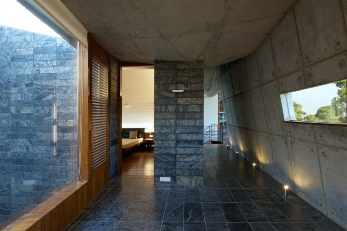 Balck Stone Floor Stone Wall Concrete Wall Wooden Frame Window