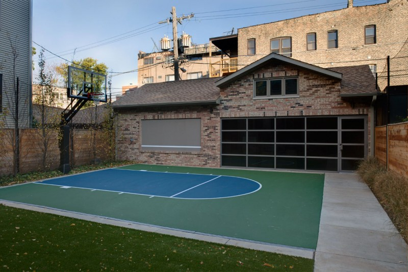 Basketball Court Green Lawn Brick Wall Large Garage