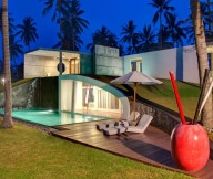 Beach parasol Red glazed pot Amazing pool Villa Sapi