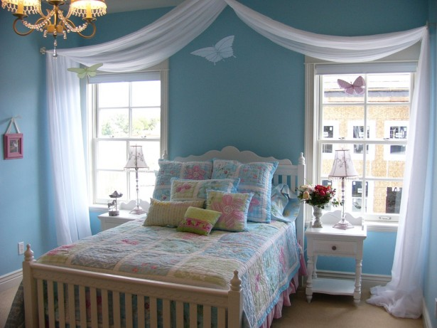 Blue Soft Small Bedroom Decorating Ideas with Butterfly Wall Painting
