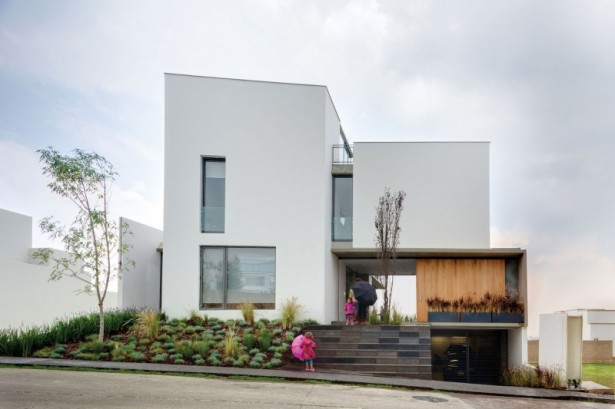 Casa Valna Precious minimalist garden Outdoor stairs Glass bay window