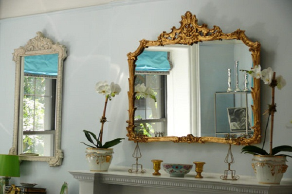 Classic Mirror Golden Frame Typical Detail Baby Blue Wall