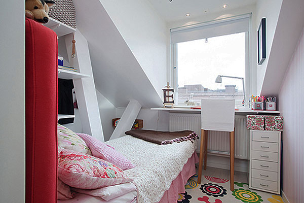Clever Small Bedroom Decorating Ideas