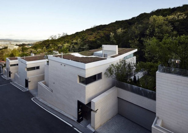 Contemporary residence Peaceful greenery Seongbuk Gate Hills