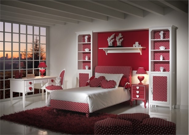 Cool Rooms for Girls Red Bed Purple Rug White Desk