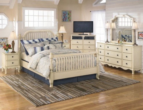 Country Style Bedrooms wooden floor bone white frame bed