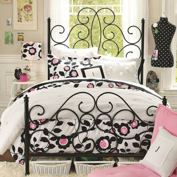 Creame Wall Black Bed Frame White Window White Curtain