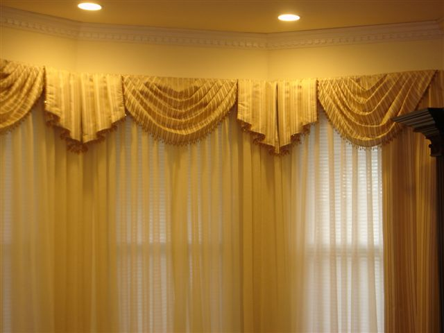 Curtain Designs For Windows Swag Jabot Curtain Hidden Lamps White Transparent Curtains