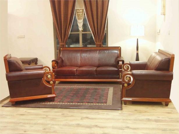 Dark Brown Sofa Typical Details Wooden FLoor Classic Look