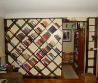 Diagonal Shape Wooden Floor Classic Sitting Lamp Beige Color Wall