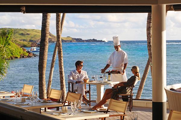 Exotic Getaway Resort with beautiful ocean view rounf table Caribbean Sea