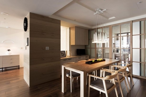 Fertility design apartment Wooden dining table Glass pendant lamps