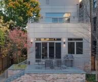 Flat Roof Brick Fondation Grey Wall Minimalist Rails