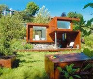 Flat Roof Wide Windows Green Lawn Outdoor Nook