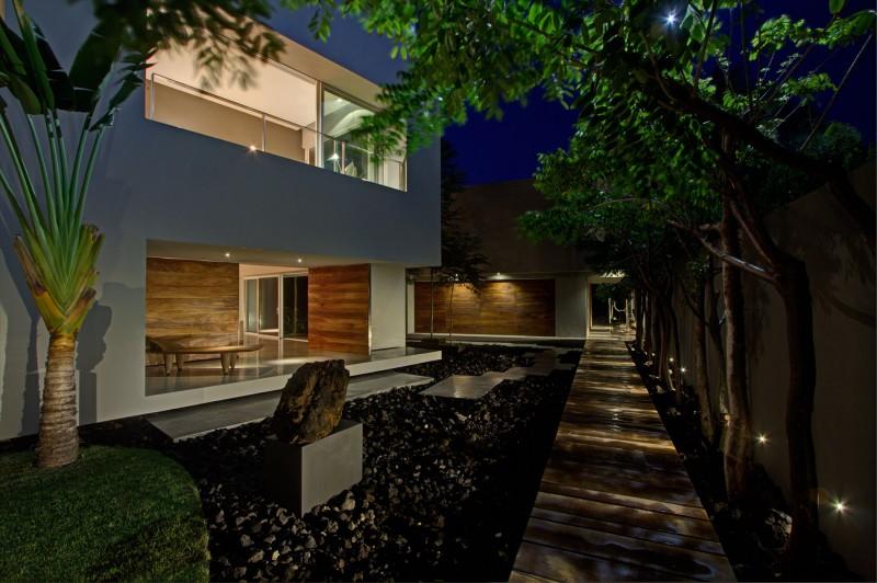 Fresh greenery Wooden deck La punta house Tiny black grovels