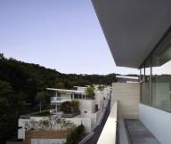 Glass bay windows Cool house design Seongbuk Gate Hills