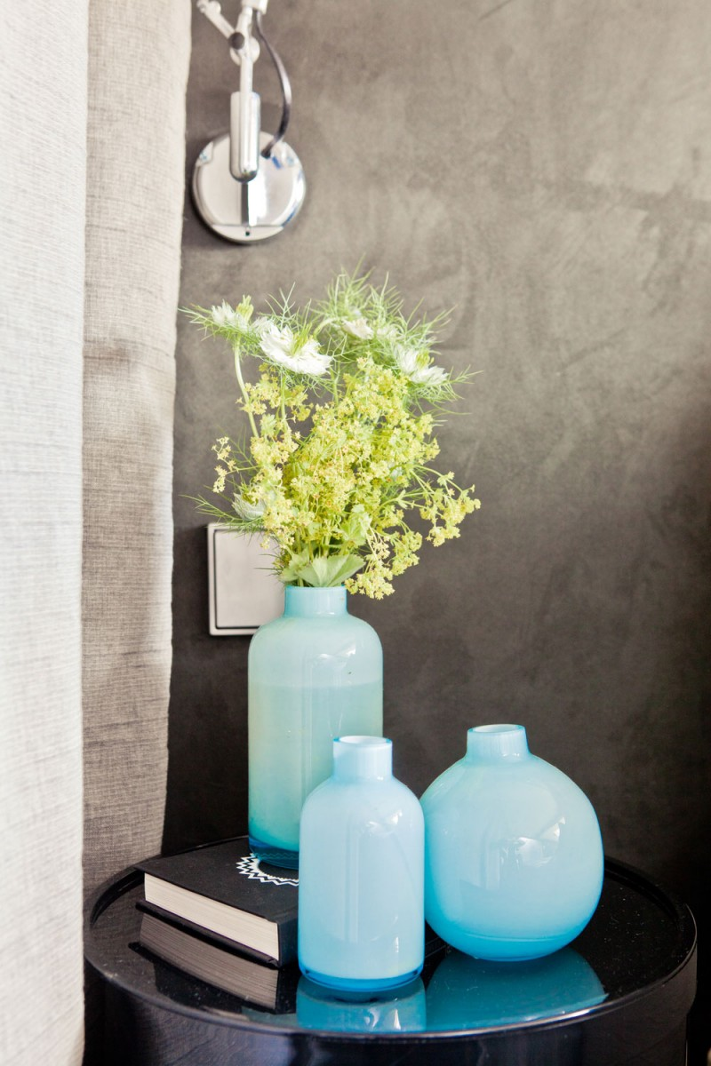 Grey Wall Blue Vase Black Small Table Natural Look