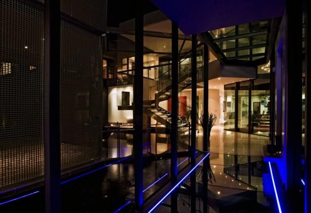 Hidden light Glass wall Shiny floor House Cal