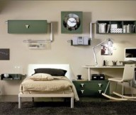 Innovative-wall-decoration-Black-fur-rug-Sectional-table-lamp-Low-profile-bed