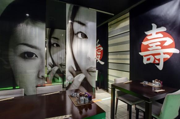 Inspirational Restaurant Interior Designs amazing oriental restaurant  wooden table