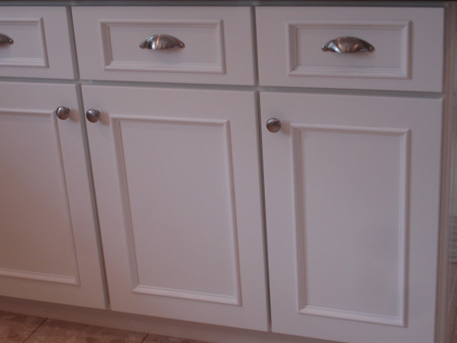 Kitchen Cupboard Doors White Door Silver Handlers Brown Floor