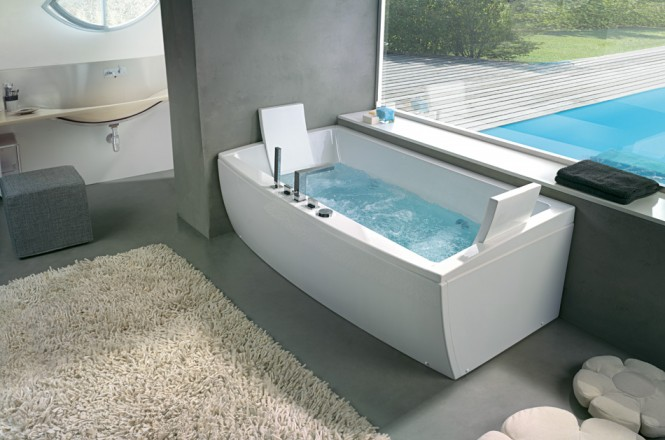 Angular Bathtub With Head Rest Beautiful Bathtubs