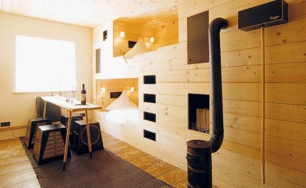 Cabin Beds The Berge Winter Retreat Wooden Floor