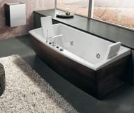 Dark Timber Finish Bathtub Beautiful Bathtubs Design