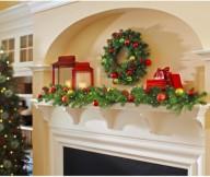Mantel Decor Inspirationtraditional Christmas Mantel Decor Creame Wall