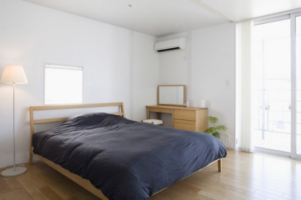 Minimalist Japanese Prefab Modern Bedroom Red Blanket