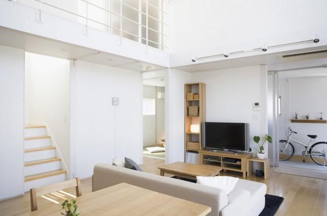 Minimalist Japanese Prefab Open Plan Lounge Diner White Sofa