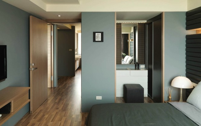 Modern Semi Minimilist Design Bedroom Guest Wooden Floor