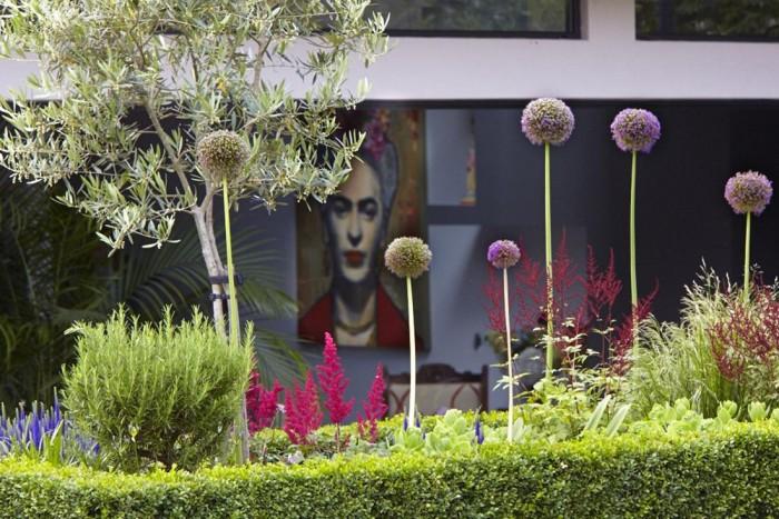 Modern Victorian Home For Garden Grey Wall Pink Flowers