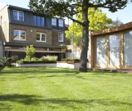 Modern Victorian Home For Green Lawn Big Tree Ideas