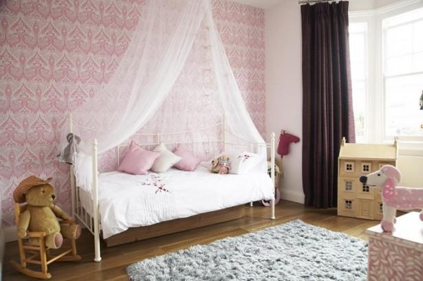 Modern Victorian Home For Kids Bedroom Grey Rug