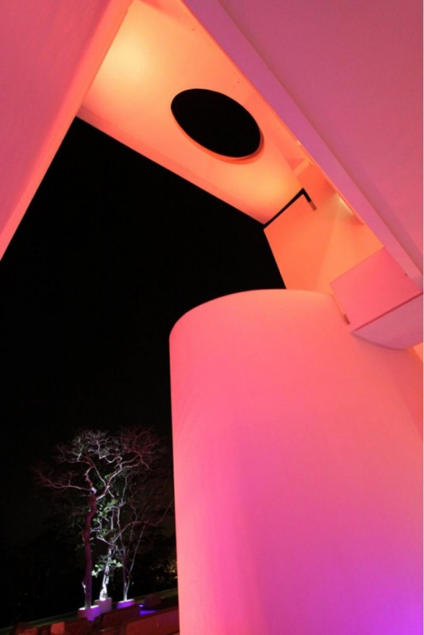 Pink Lighting Modern Hotel Encanto Night Atmophere