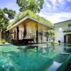 Roof Planting Large Pool Dark Sofa Serene Sun House