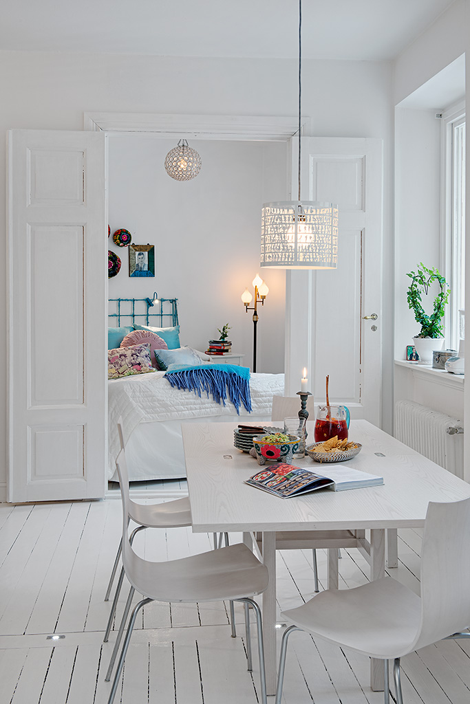 White Heirloom Apartment Ideas Romantic White Apartment Decor