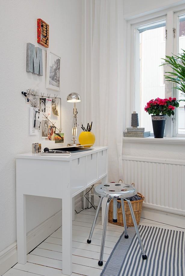 White Heirloom Apartment Small Work Niche Decor White  Table