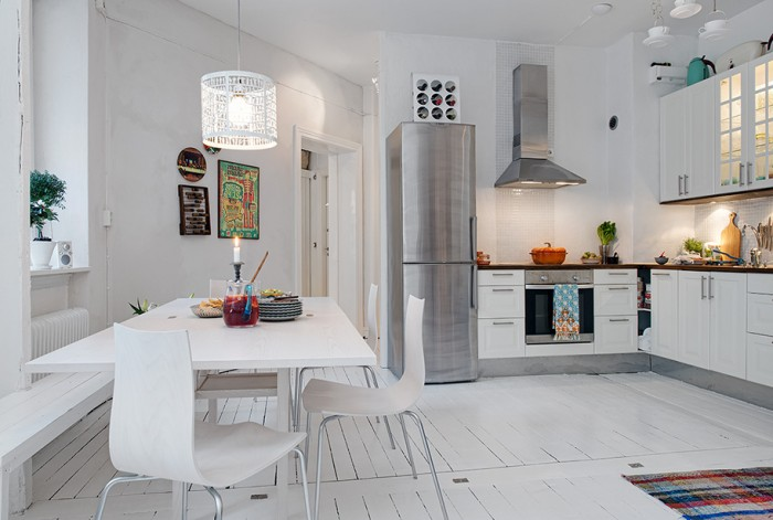 White Heirloom Apartment White Eat In Kitchen Design White Floor