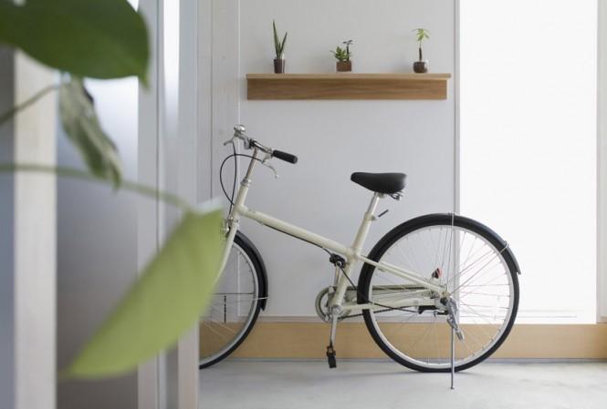 White Wall Modern Hallway Minimalist Japanese Prefab