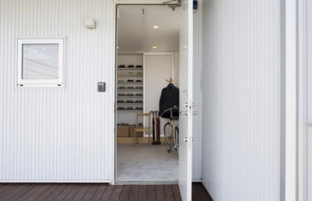 White Wall Prefab Home Minimalist Japanese Prefab