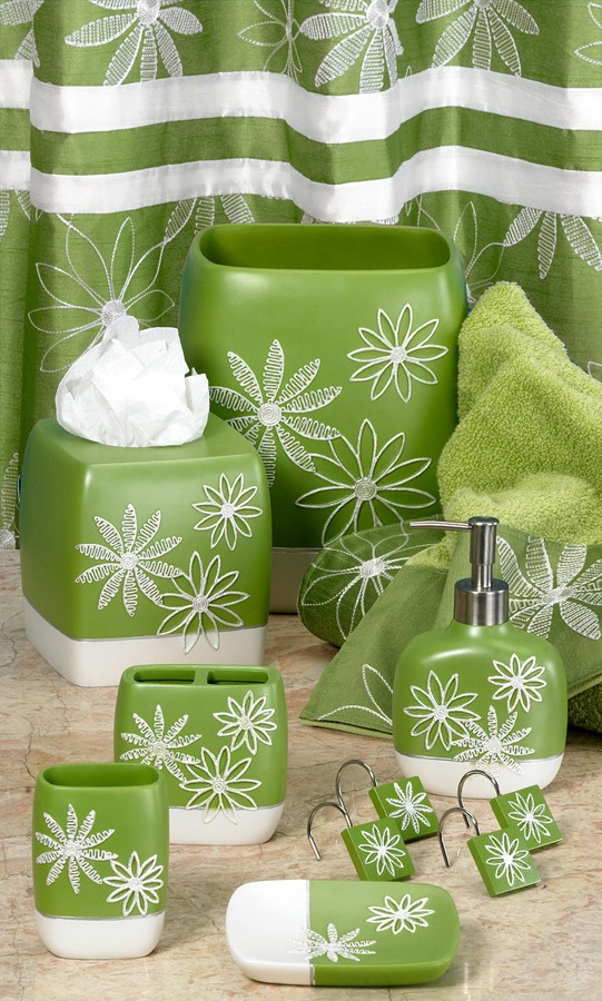 Green glass bathroom accessories 2 for Green glass bath accessories