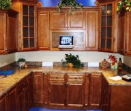 maple kitchen cabinets 2