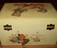 child's jewelry box