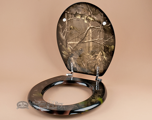 Deer accessories for home decor for Camo bathroom ideas