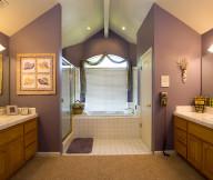elegant chic bathroom decor