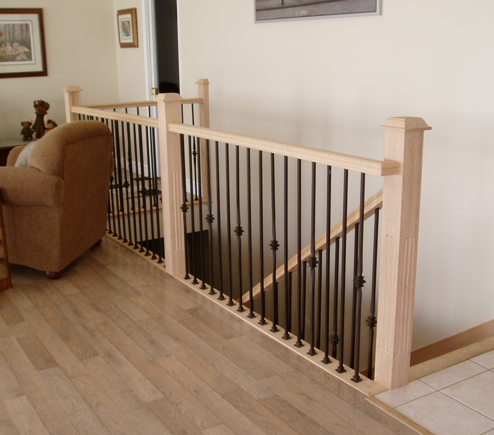 simple handrails design